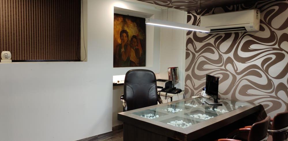 Studio HOD room-1
